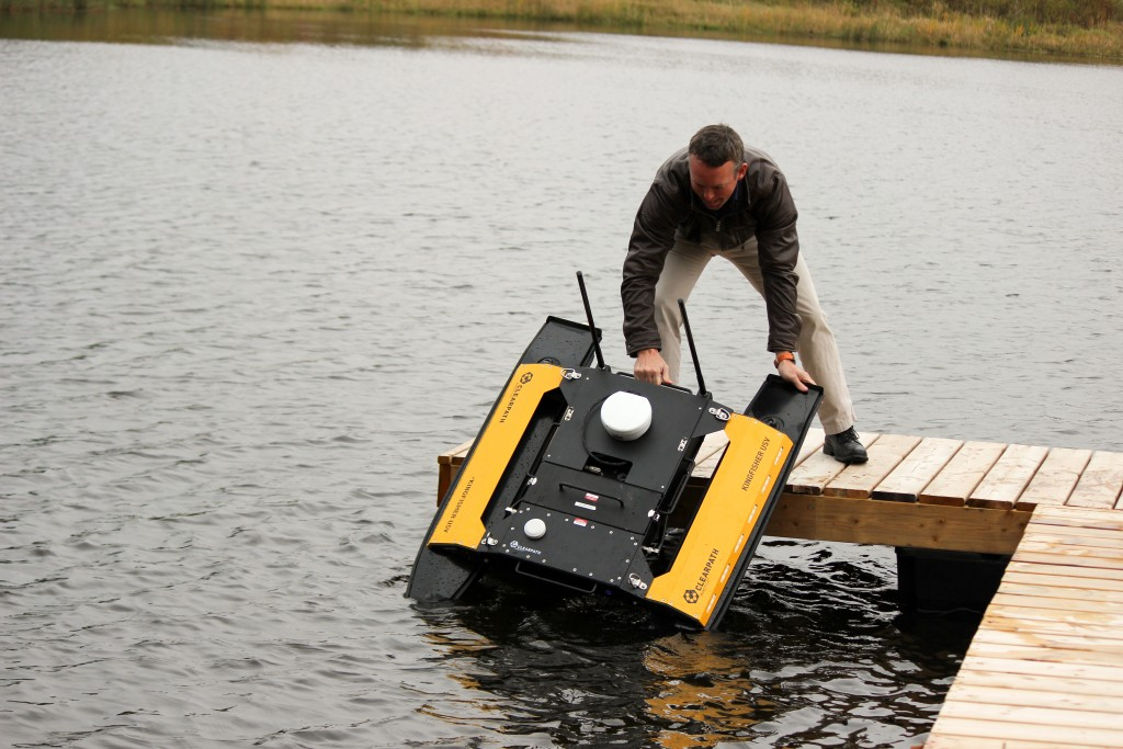 Kingfisher USV one-person deployment